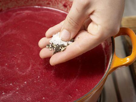 Rote-Bete-Suppe mit Lebkuchengewürz: Zubereitungsschritt 10