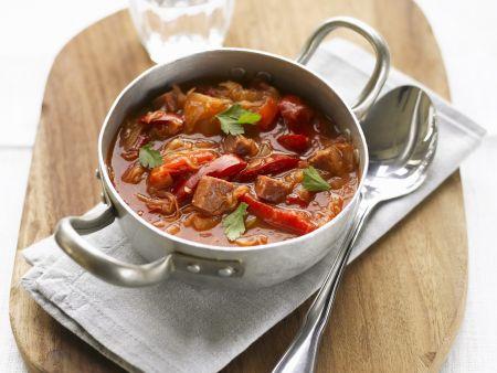 Rote-Bete-Suppe mit Fleisch (Borschtsch)