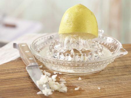 Rucolasalat mit Oliven-Crostini: Zubereitungsschritt 1