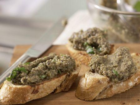 Rucolasalat mit Oliven-Crostini: Zubereitungsschritt 7