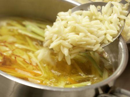 Safran-Gemüse-Suppe: Zubereitungsschritt 9