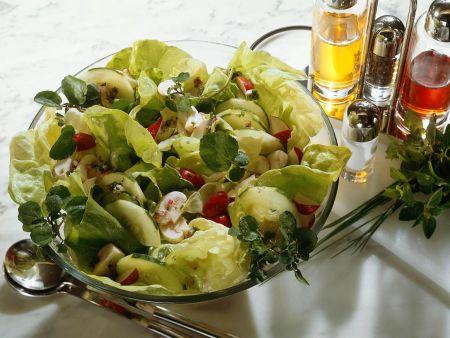 salat mit gem se und champignons rezept eat smarter. Black Bedroom Furniture Sets. Home Design Ideas