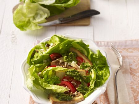 Salat mit Tofu und Salsa