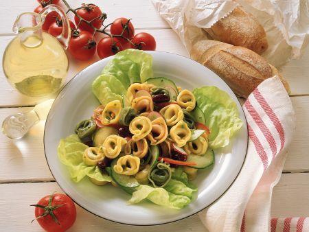 Salat mit Tortellini