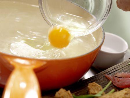Salat mit pochiertem Ei und Lachsschinken: Zubereitungsschritt 7