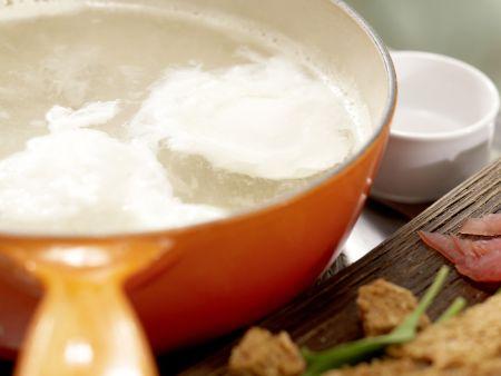Salat mit pochiertem Ei und Lachsschinken: Zubereitungsschritt 8