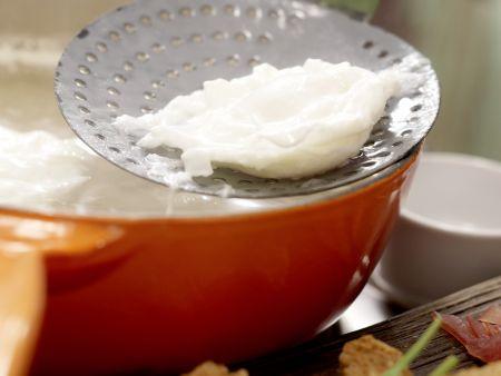 Salat mit pochiertem Ei und Lachsschinken: Zubereitungsschritt 9