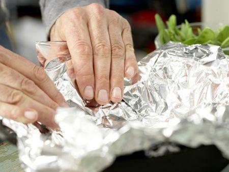Salatschüssel mit Räucherhähnchen: Zubereitungsschritt 2