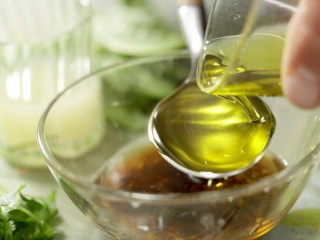 Salatschüssel mit Räucherhähnchen: Zubereitungsschritt 6