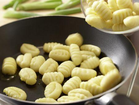Salbei-Gemüse-Gnocchi: Zubereitungsschritt 3