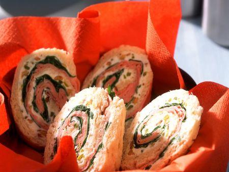 Sandwichrollen mit Mascarponecreme und Mortadella