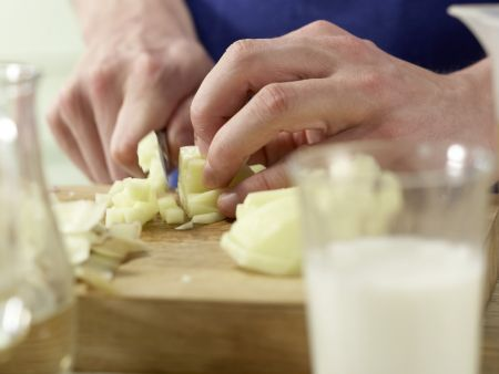 Sauerampfer-Cremesuppe: Zubereitungsschritt 4