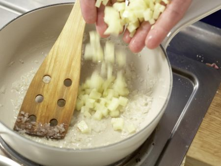 Sauerampfer-Cremesuppe: Zubereitungsschritt 5