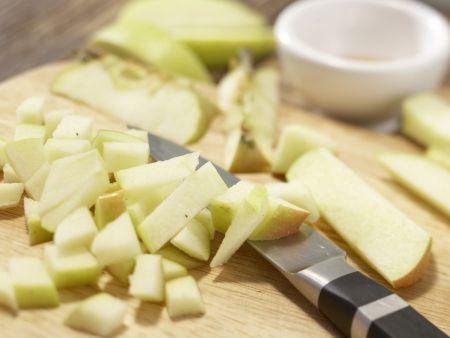 Sauerkraut-Apfel-Gratin: Zubereitungsschritt 1