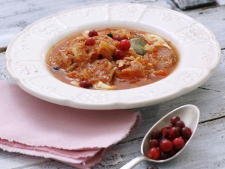 Rezept: Sauerkraut-Tomaten-Suppe mit Cranberries