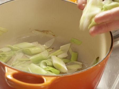 Sauerkrautsuppe: Zubereitungsschritt 4