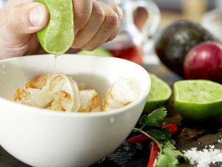 Scharfe Garnelen auf Avocadocreme: Zubereitungsschritt 4