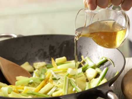 Scharfe Gemüsenudeln: Zubereitungsschritt 5