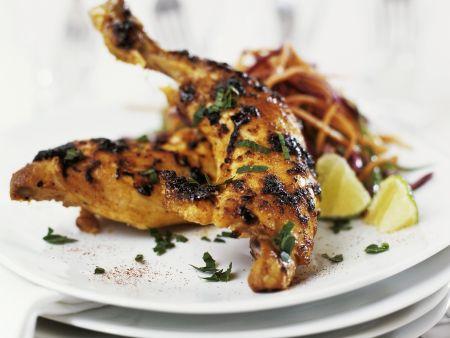 Rezept: Scharfe Hähnchenschlegel mit Möhrensalat