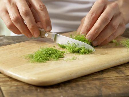 Schnitzel mit Tomatensauce und Polenta: Zubereitungsschritt 7