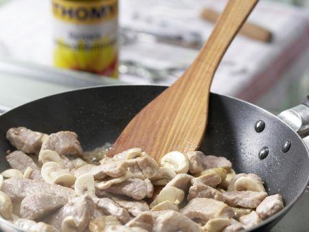 Schnitzelpfanne mit Spargel: Zubereitungsschritt 4