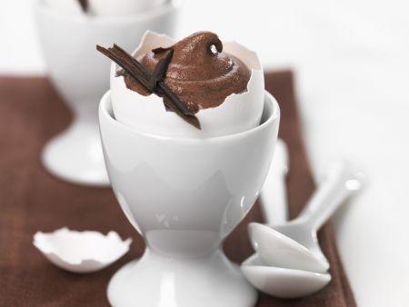 Schokoladencreme in der Eierschale