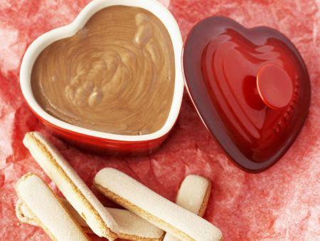 Schokoladencreme mit Biskuits