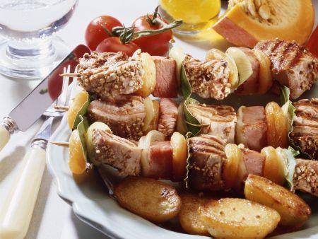 Schweinefilet-Aprikosen-Spieße
