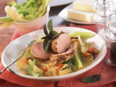 Schweinefilet mit Selleriegemüse und Apfelmostsoße