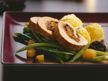 Schweinefiletroulade mit Gemüse zu Weihnachten