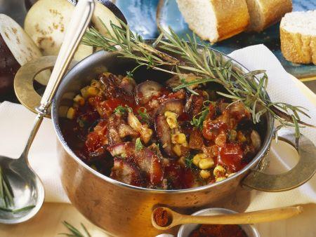 Rezept: Schweinegulasch mit Mais und Auberginen