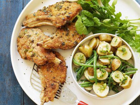 Rezept: Schweinekotelett und Kartoffelsalat mit Bohnen