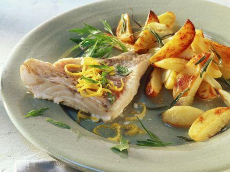 Seelachs und Kartoffeln mit Knoblauch