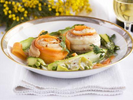 Rezept: Seezungenrouladen mit frühlingshaftem Gemüse