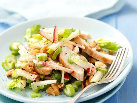 Selleriesalat mit Hähnchen und Apfel