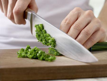 Semmelknödel auf Gemüse: Zubereitungsschritt 4