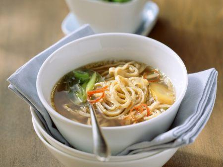 Sesampfannkuchen-Suppe