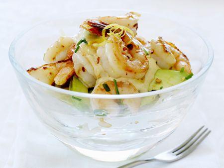 Shrimps-Cocktail mit Avocado und Chili
