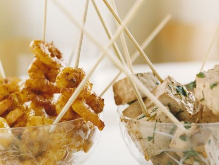 Shrimps- und Tofuspieße