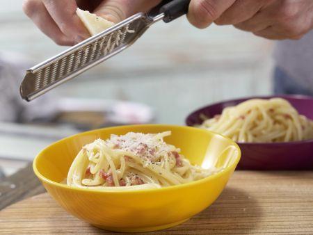 Spaghetti à la Carbonara: Zubereitungsschritt 6