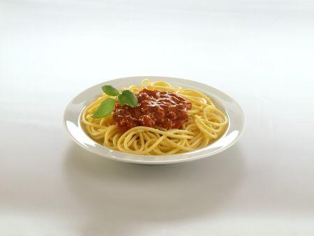 spaghetti bolognese originalrezept rezept eat smarter. Black Bedroom Furniture Sets. Home Design Ideas