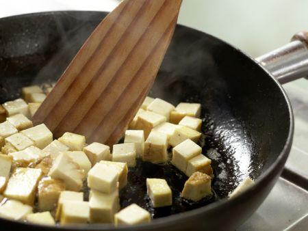 Spaghetti mit Kräuter-Sojacreme: Zubereitungsschritt 5