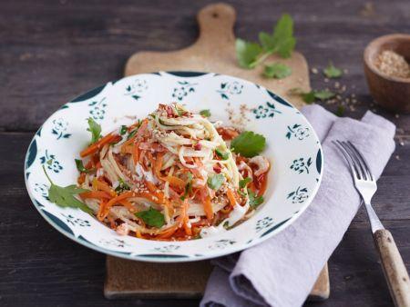 Spaghetti mit Möhren und Nusssauce