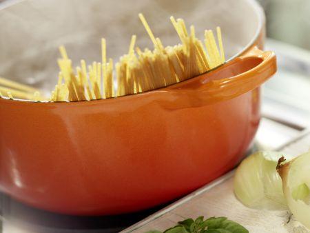Spaghetti mit Paprika: Zubereitungsschritt 5