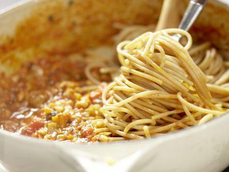 Spaghetti mit Pilz-Bolognese: Zubereitungsschritt 9