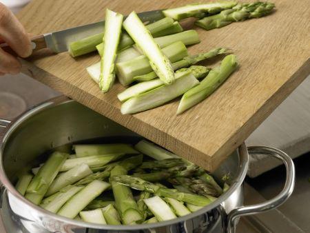 Spargel-Pasta mit Bündner Fleisch: Zubereitungsschritt 2