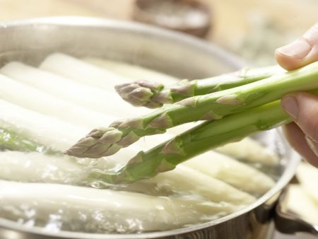 Spargel-Trüffel-Lasagne: Zubereitungsschritt 3