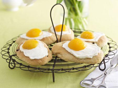 Spiegelei-Küchlein mit Aprikosen
