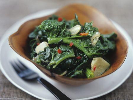Spinat-Knoblauch-Gemüse
