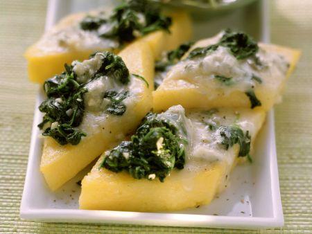 Rezept: Spinat-Polentaschnitten mit Gorgonzola